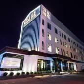 雲里酒店(昆明萬達廣場店)