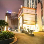 維也納國際酒店(上海虹橋機場會展中心華徐公路店)
