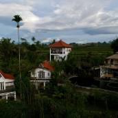 瑟巴圖保護區生態度假村