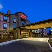 加州聖塔伊尼茲山谷布爾頓歡朋酒店