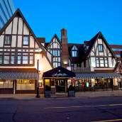 七個尖角閣酒店