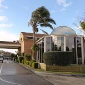 貝斯特韋斯特機場汽車旅館及會議中心