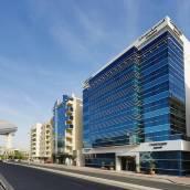 迪拜阿爾巴夏機場萬怡酒店